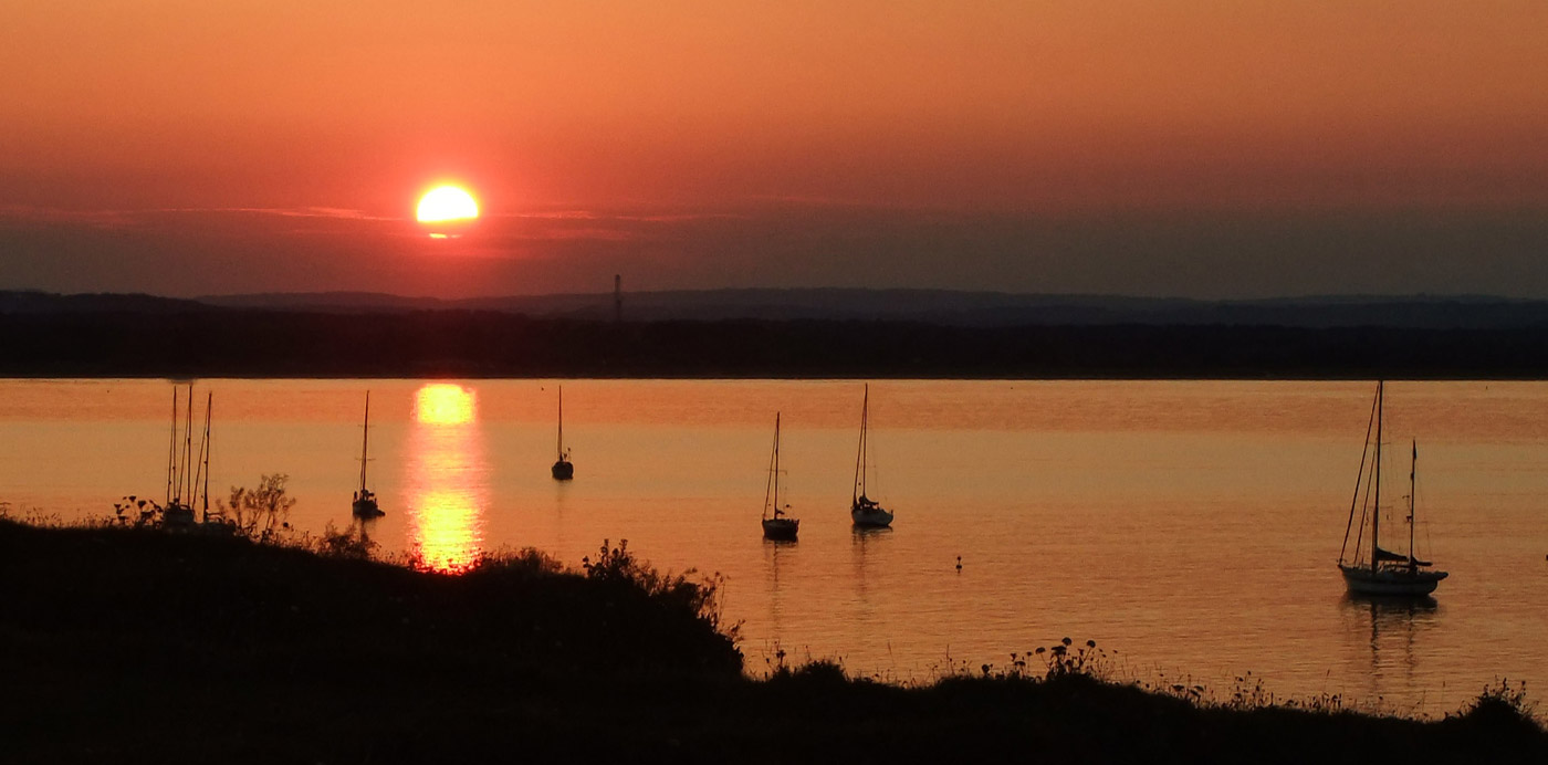Slider_sunset-over-poole